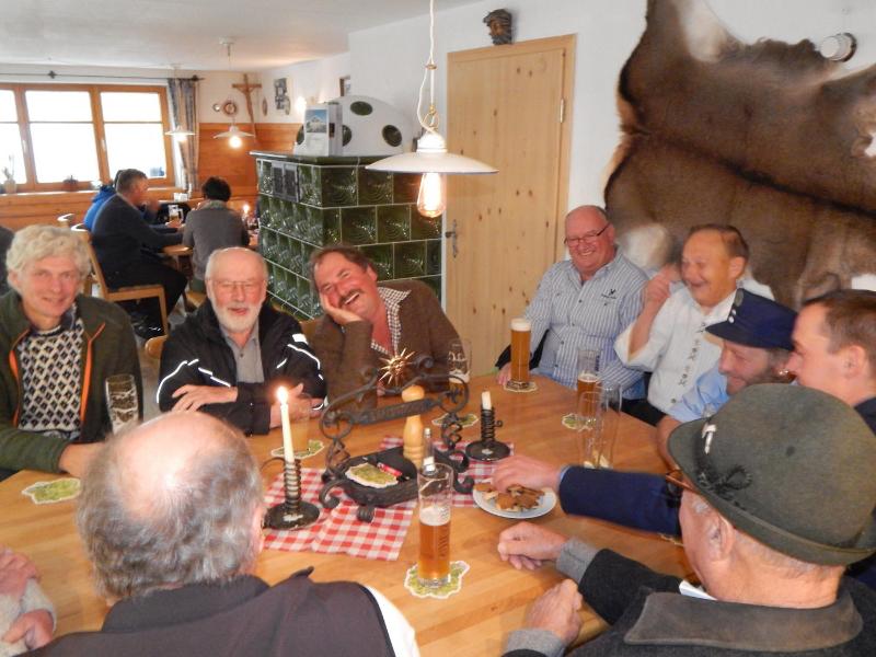 Stammtisch - alles wird gut | Berggasthof Sonne Imberg in Sonthofen