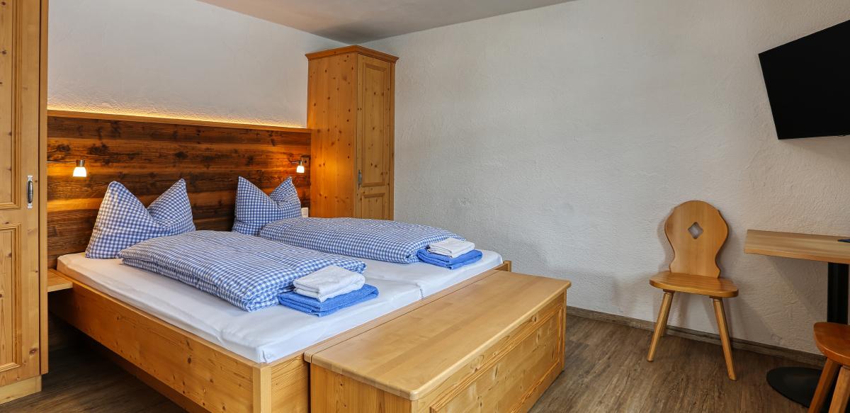 Familienzimmer Komfort ohne Balkon - Schlafzimmer | Berggasthof Sonne in Sonthofen